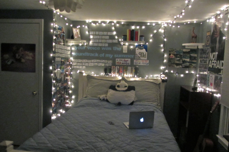 Decorar con luces de navidad hermosas ideas para tu casa for Cool christmas lights for room
